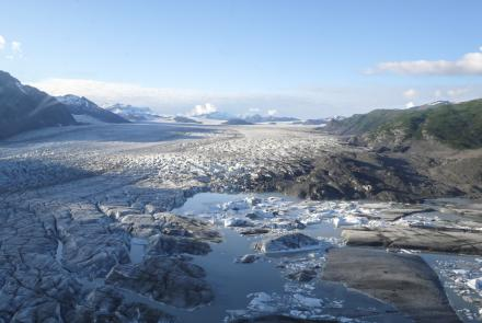 Yakutat Glacier in 2018. Alaska's glaciers are a significant player in global glacier mass loss.  Photo: Geophysical Institute